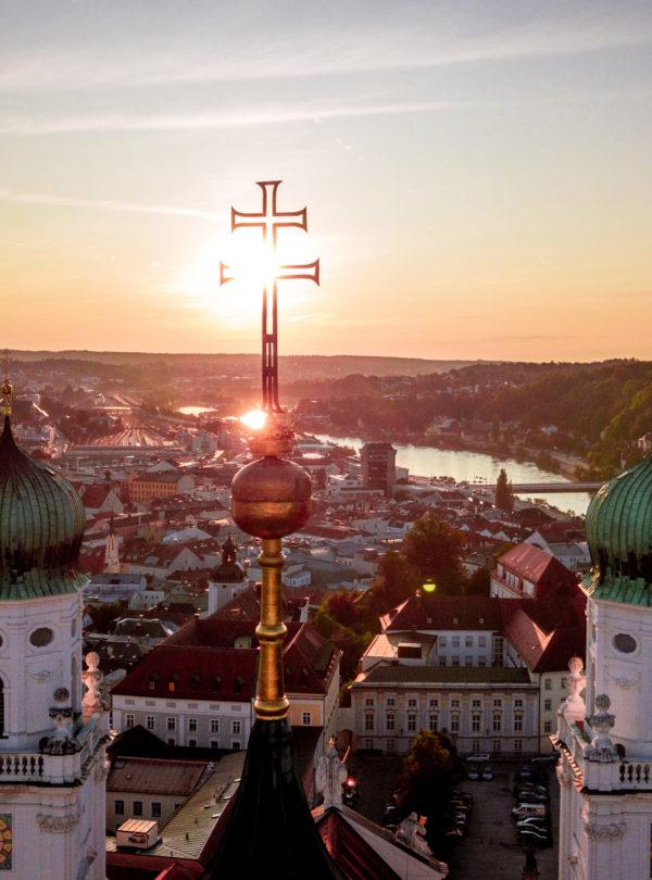 Dom von Passau im Sonnenuntergang